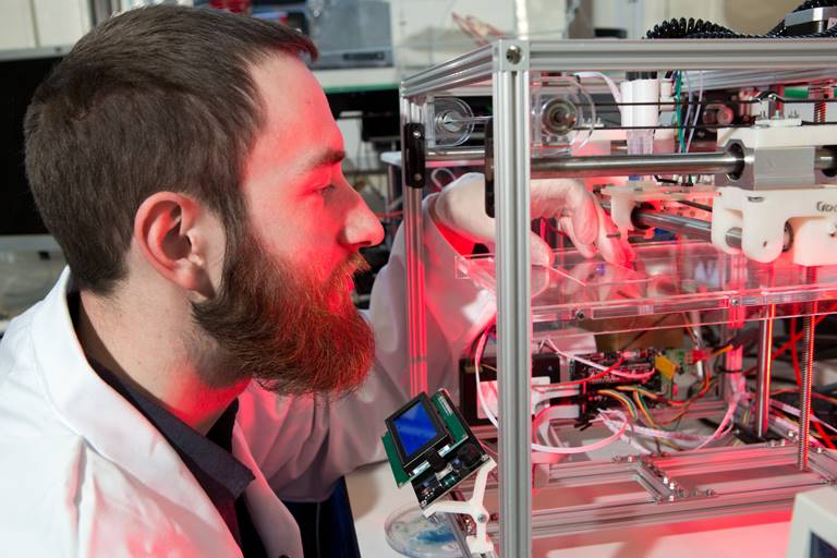 3D bioprinting of stem cells developed by Dr Will Shu of Heriot-Watt University's School of Engineering and Physical Sciences